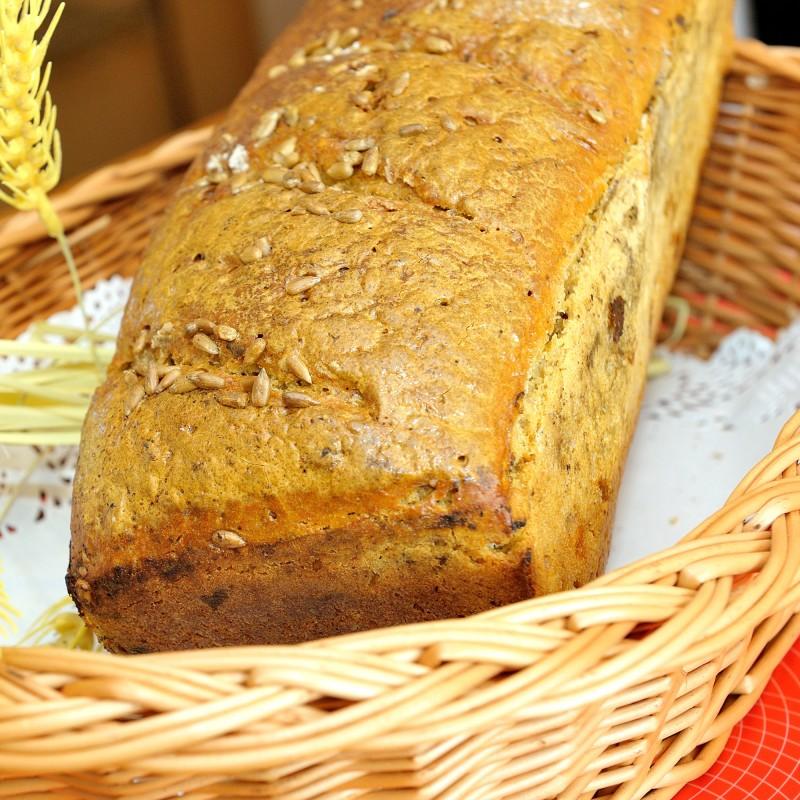 chleb słonecznikowy żytni